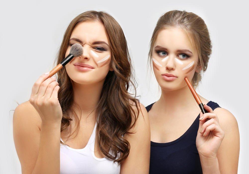 Consecuencias de compartir los productos de maquillaje