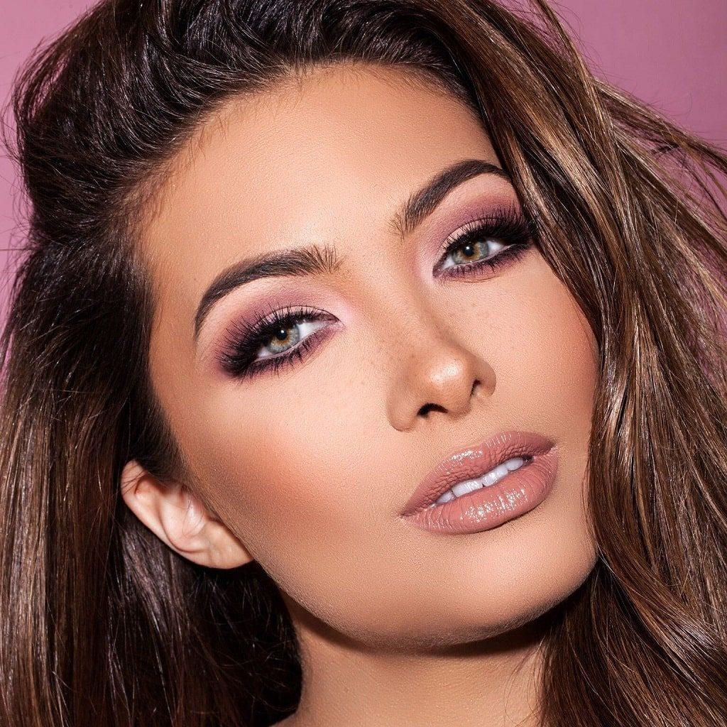 Tendencias de maquillaje en 2021: color mauve