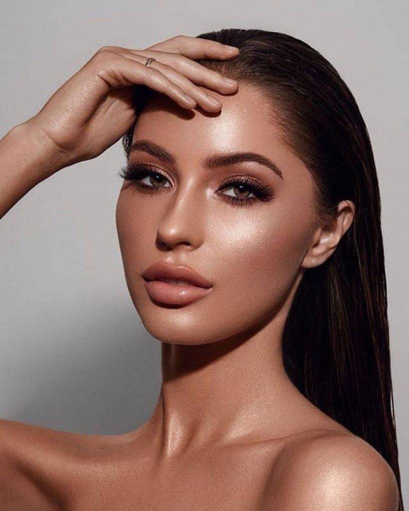 Bronze y blush: tendencias de maquillaje para el 2021